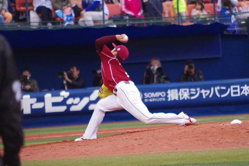 松井裕樹選手のピッチングフォーム