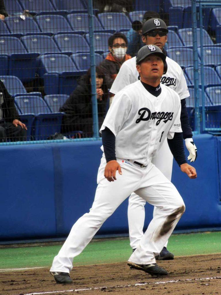 ハーフウェーをとる平田選手