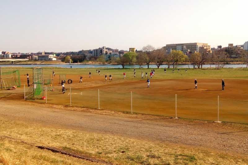 草野球のグラウンド
