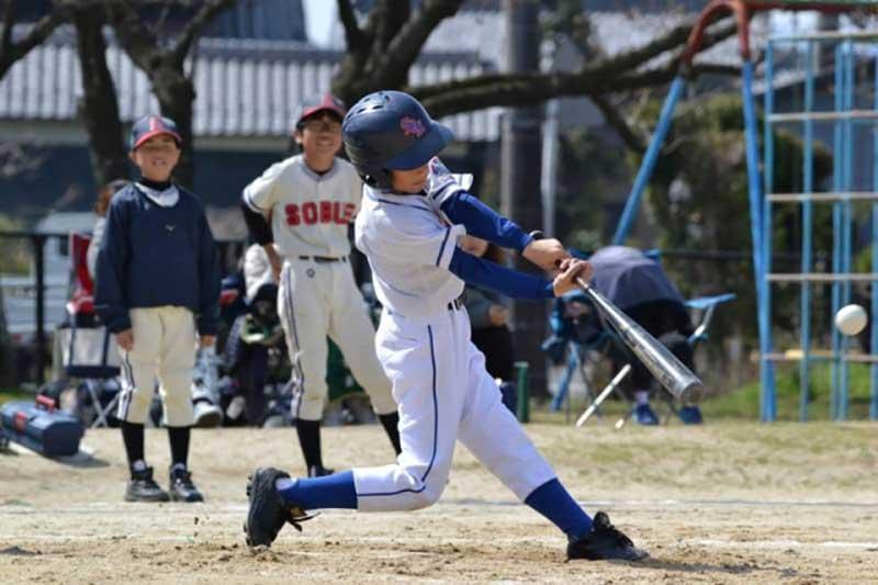 少年野球のバッティングフォーム