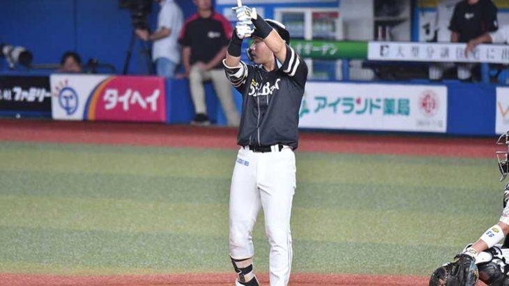 中村 晃選手のバッティングフォーム