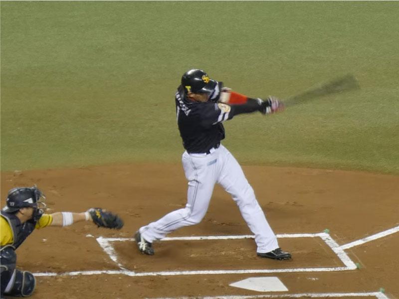 内川聖一選手のフォロースルー
