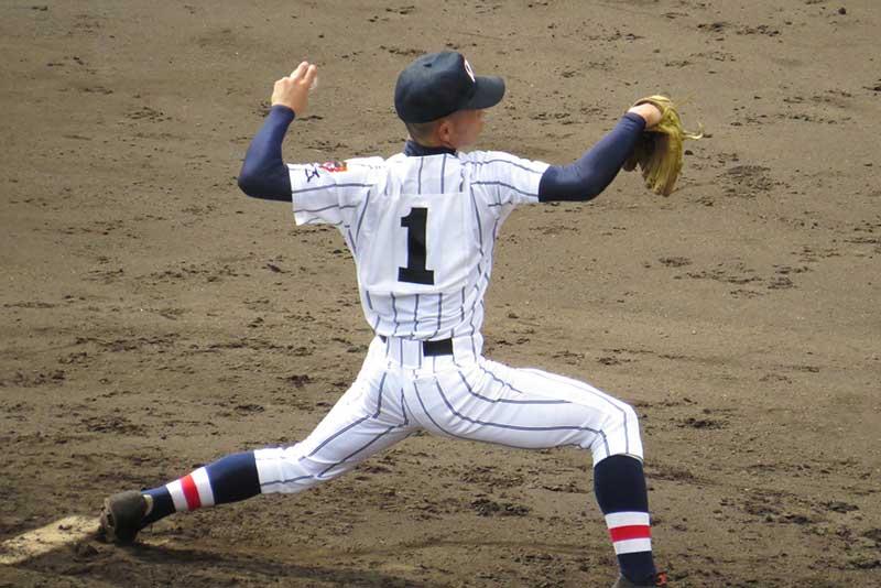 投球フォームの綺麗な投手