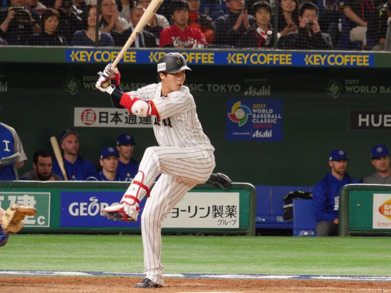 山田哲人選手のステップ